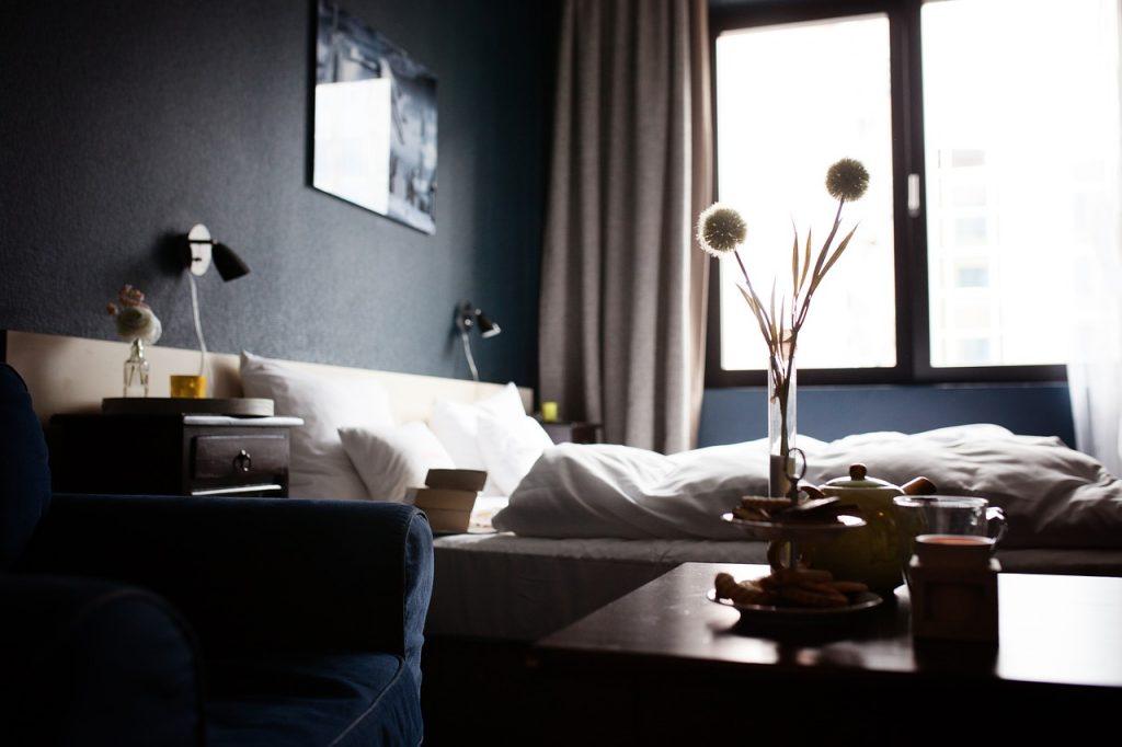 hotel, hotel rooms, home-1749602.jpg